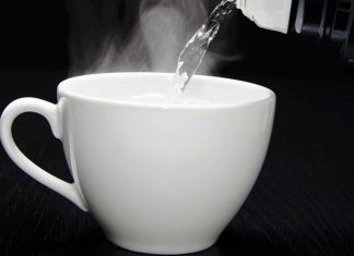 6 Reasons You Need to Drink Warm Water