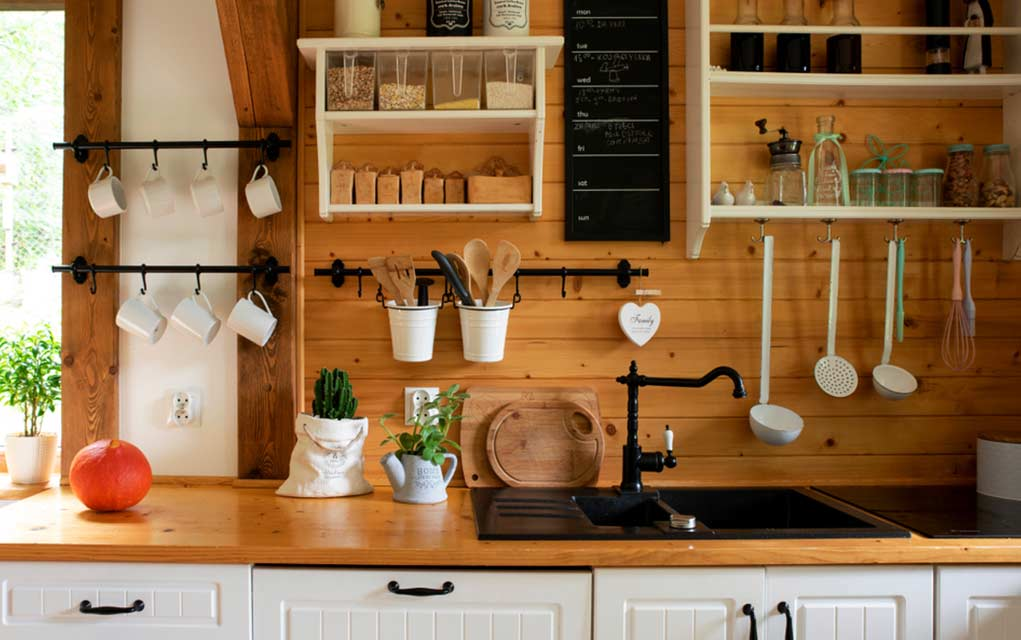 7 Items to Toss From Your Kitchen