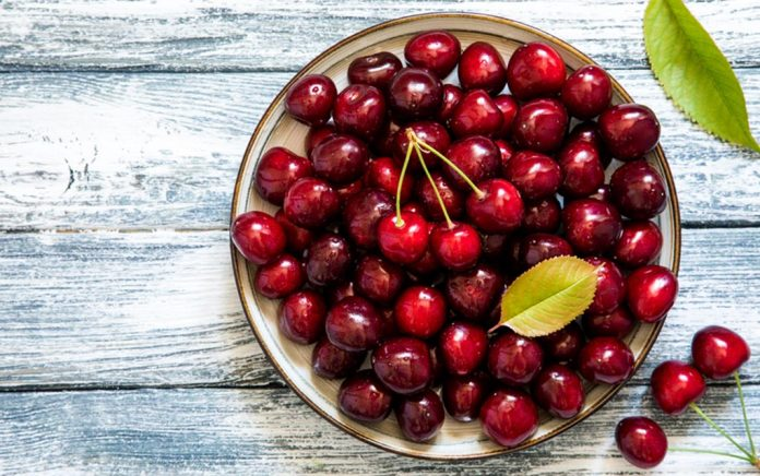 9 Reasons to Add Cherries to Your Diet