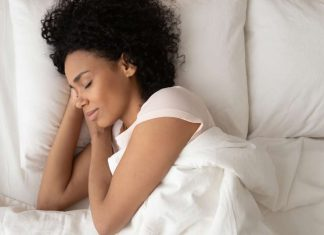 5 Sleep Myths to Forget About Right Now