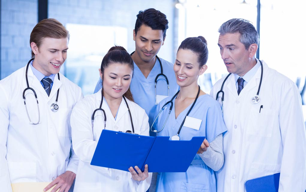 5 Types of Doctors Everyone Needs