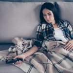 """Good News for Couch Potatoes! Doing THIS """"Lazy"""" Activity Could Give You More Energy"""