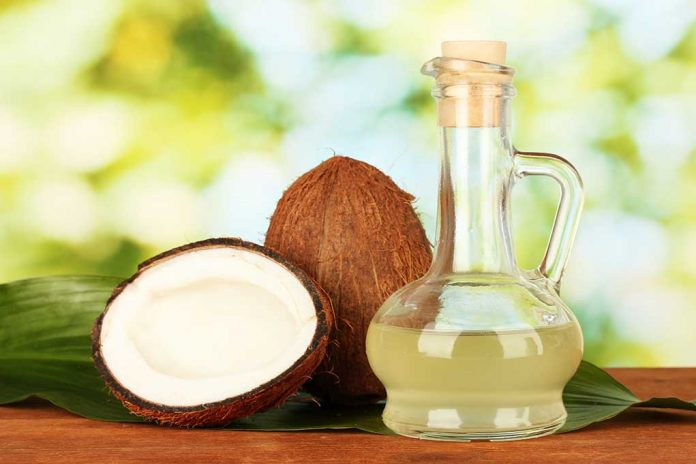 7 Amazing Ways to Use Coconut Oil This Summer