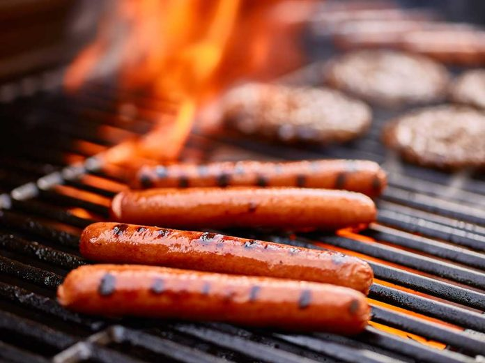 Which BBQ Foods Are Best (And Worst) For Your Health This Summer?